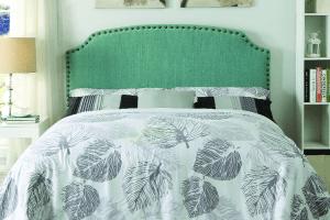 cabecero tachuelas verde tapizado